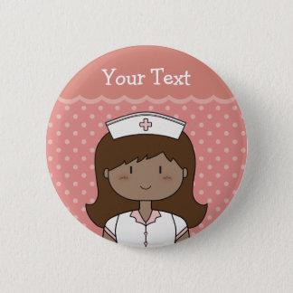 Chapa Redonda De 5 Cm Enfermera linda con el pelo oscuro