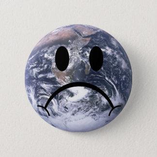 Chapa Redonda De 5 Cm Insignia triste de la tierra
