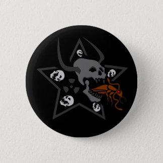 Chapa Redonda De 5 Cm Pentagram de griterío del cráneo con la cucaracha