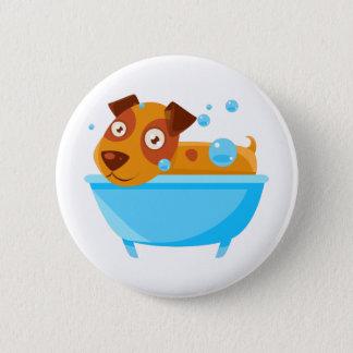 Chapa Redonda De 5 Cm Perrito que toma un baño de burbujas en tina