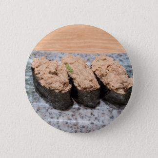 Chapa Redonda De 5 Cm Trío del sushi de la ensalada de atún en el primer