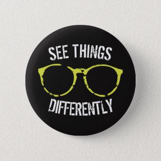 Chapa Redonda De 5 Cm Vea las cosas diverso negras y el Pin de los