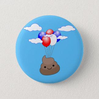 Chapa Redonda De 5 Cm Vuelo de Poo Emoji con los globos en cielo azul