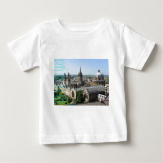 Chapiteles del poema de Oxford cerca: Winifried Camiseta De Bebé