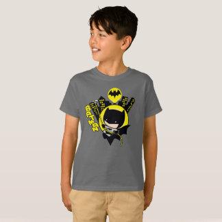 Chibi Batman que escala la ciudad Camiseta