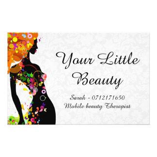 Chica colorido de la belleza folleto 14 x 21,6 cm