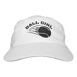 Chica de la bola gorra de alto rendimiento