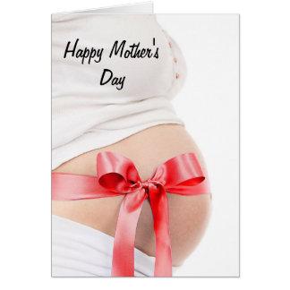 Chica de la mujer embarazada del día de madres tarjeta de felicitación