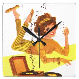 chica de la música de los años 60 reloj cuadrado