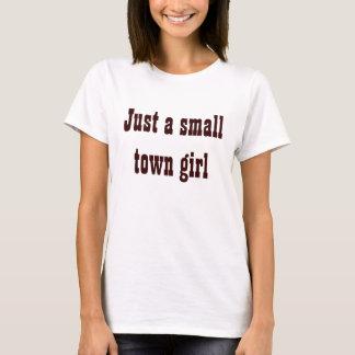 Chica de la pequeña ciudad camiseta