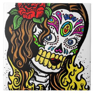 Chica del cráneo del azúcar azulejo