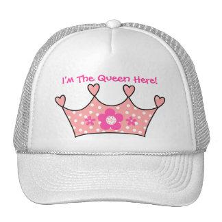 Chica del gorra soy la reina aquí