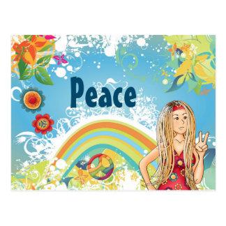 Chica del Hippie, flores y paz rubios del arco Postal