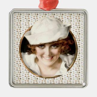 chica del marinero de los años 20 adorno cuadrado plateado