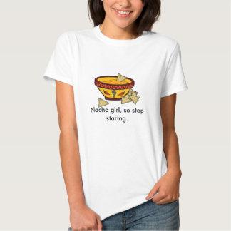 Chica del Nacho, así que el mirar fijamente de la Camiseta