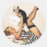 Chica del Pin-para arriba del amante del perrito - Etiquetas