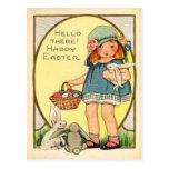 Chica del vintage con el coche de Pascua de los co Tarjetas Postales