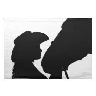 Chica que besa el caballo salvamanteles