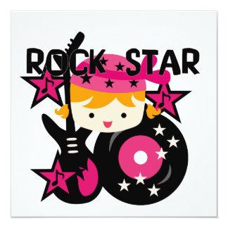 Chica rubio de la estrella del rock anuncios personalizados