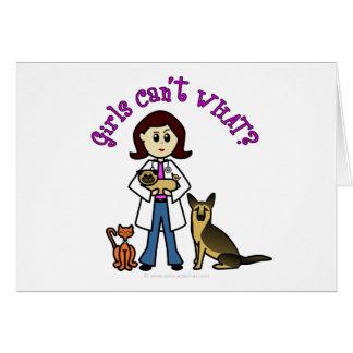 Chica veterinario ligero tarjeton