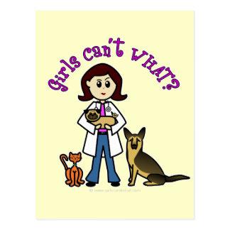 Chica veterinario ligero tarjetas postales