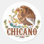 Chicano del escudo de armas de México Pegatina Redonda