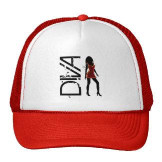 Chicas de la moda que presentan el gorra de