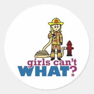 Chicas del bombero etiquetas redondas