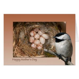 Chickadee del día de madre tarjeta de felicitación