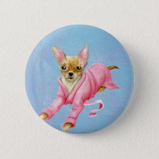 Chihuahua en un botón redondo del perro de la