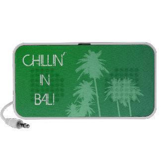 CHillin en altavoces del Doodle de Bali