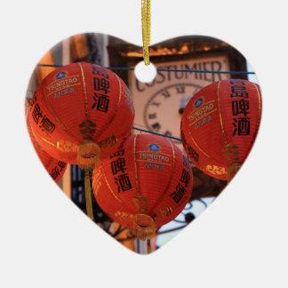 Chinatown febrero de 2013 4.jpg adorno navideño de cerámica en forma de corazón
