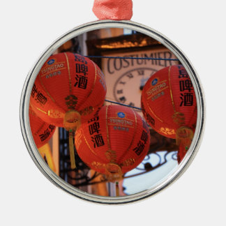 Chinatown febrero de 2013 4.jpg adorno navideño redondo de metal