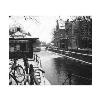 Chispas de KIW: L invierno en la orilla BW Lienzo Envuelto Para Galerias