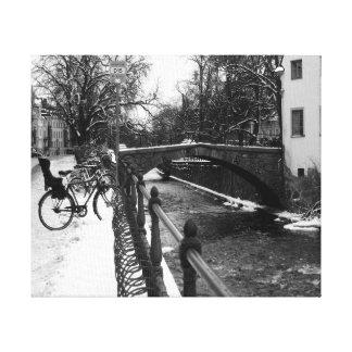Chispas de KIW: W el arco del puente Lienzo Envuelto Para Galerias