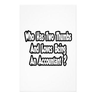 Chiste del contable… dos pulgares  papeleria de diseño
