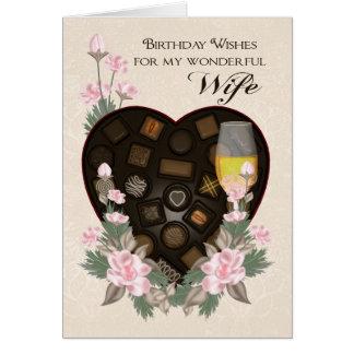 Chocolates vino de la esposa y saludo del tarjeta de felicitación