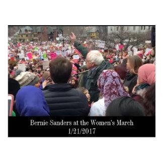 Chorreadoras de Bernie en la postal de marzo de