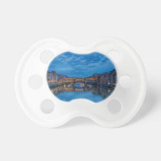 Chupete El Ponte Vecchio en Florencia