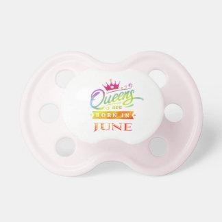 Chupete El Queens es en junio regalo de cumpleaños nacido