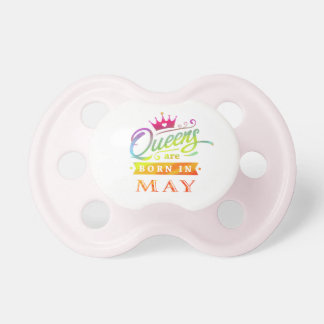Chupete El Queens es en mayo regalo de cumpleaños nacido
