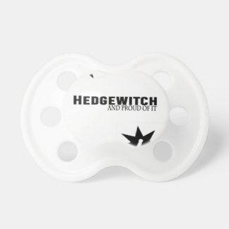 Chupete Hedgewitch y orgulloso de él