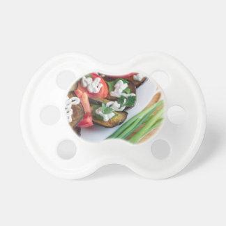 Chupete Plato vegetariano de la berenjena guisada