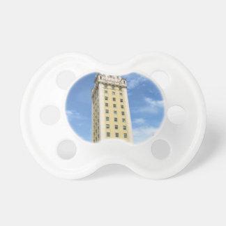 Chupete Torre cubana de la libertad en Miami 6