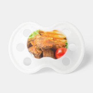 Chupete Vea el primer en una comida del caldo de buey con