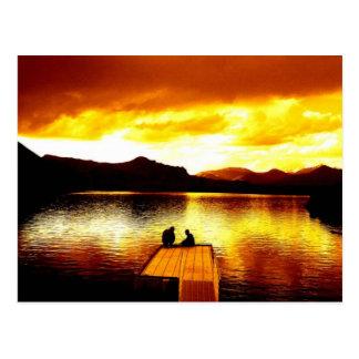 Cielo en el embarcadero - postal del fuego