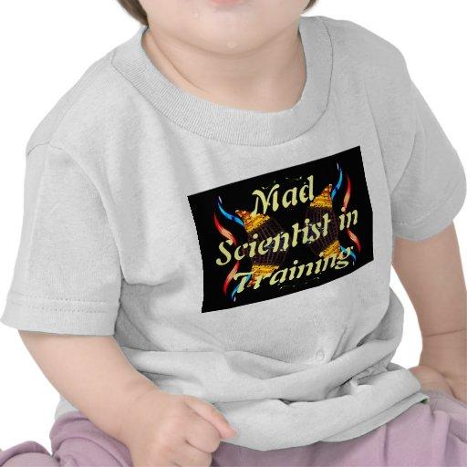 Científico enojado en JR del friki de la camiseta