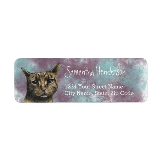 Ciérrese encima del dibujo realista del gato de etiqueta de remitente