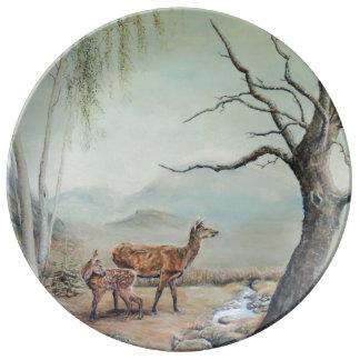Ciervo común trasero con su cervatillo, Art. Plato De Porcelana