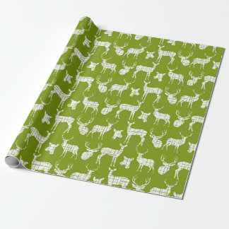 Ciervos rústicos blancos en el papel de embalaje